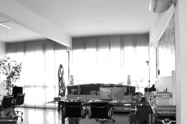 studio-b-g-direzione5170AE52-DC79-2A27-695C-A184ACF67B8B.jpg